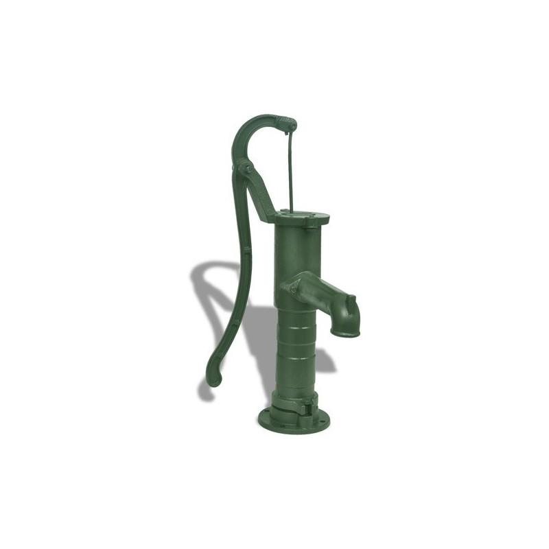 Pompe fontaine en fonte